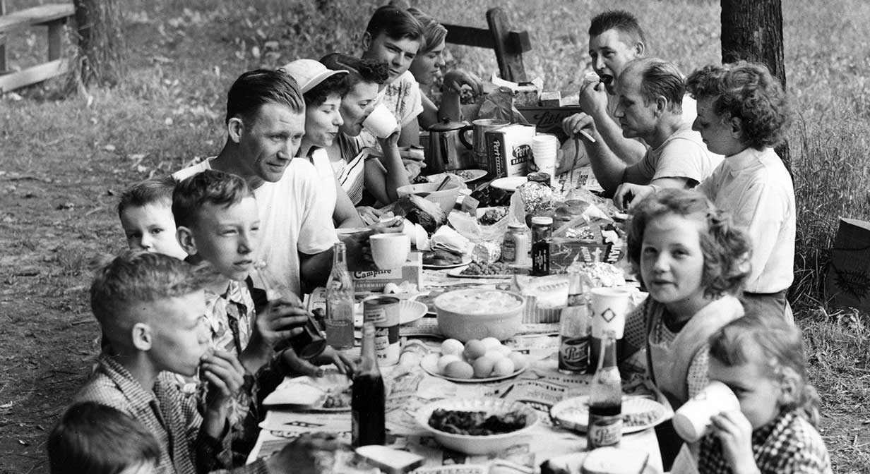 Family picnic at Squire's Castle, North Chagrin Reservation, 1953.