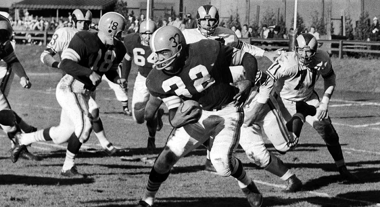 Jim Brown runs for most yards in a single game, Los Angeles Rams at Cleveland Browns 1957.