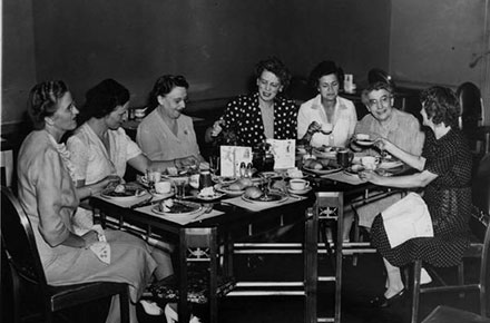 Diners at Higbee's Silver Grill, 1944.