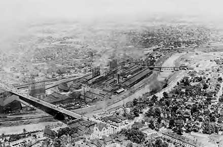 Aerial view of Republic Steel in Youngstown, Ohio, 1934